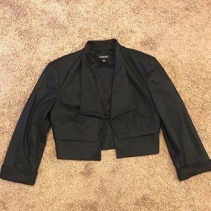 Bebe | Short Black Blazer